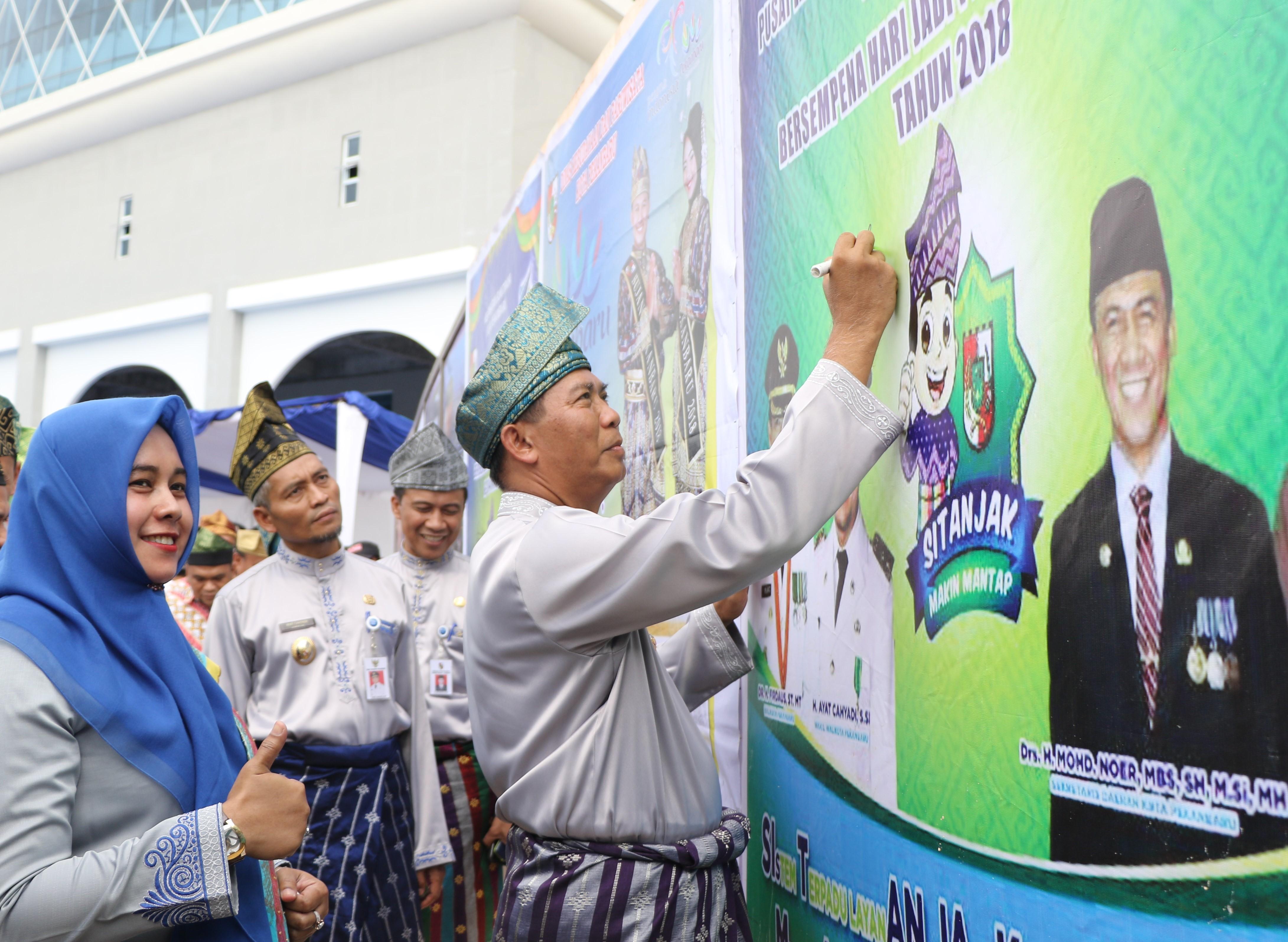 Kado HUT ke-234 kota Pekanbaru