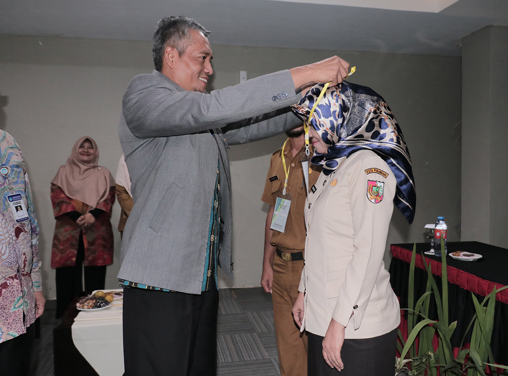 Penyuluhan Bahasa Indonesia Bagi Badan Publik Kota Pekanbaru
