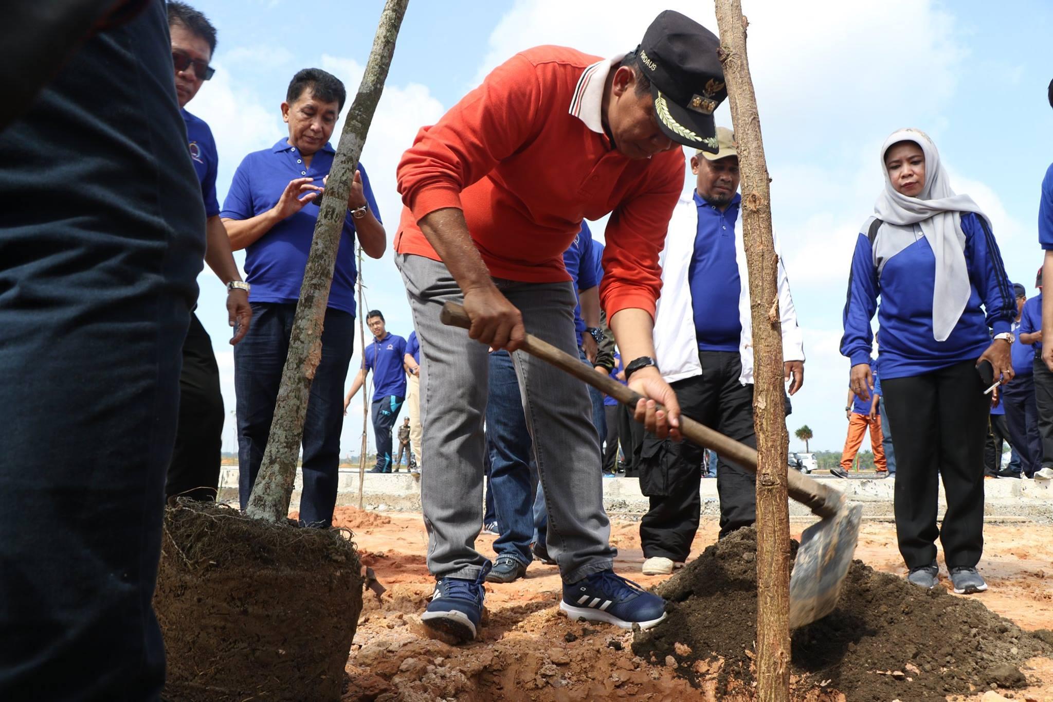 Bulan bhakti lembaga pemberdayaan masyarakat (LPM) kota Pekanbaru, serta Penanaman Pohon dan Pengund
