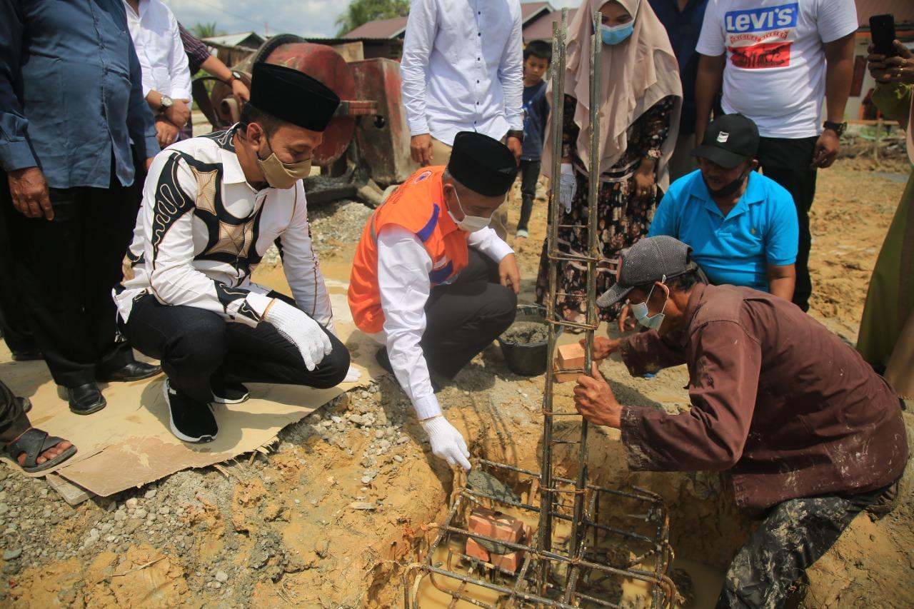 Peletakan Batu Pertama Pembangunan Musholla Al Ikhlas