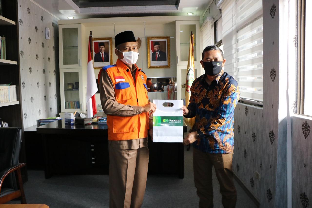 Wakil Walikota dan Pimpinan Pegadaian Wilayah Pekanbaru.