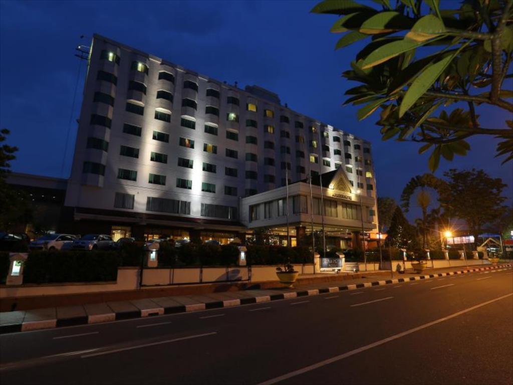 Image : ARYA DUTA HOTEL