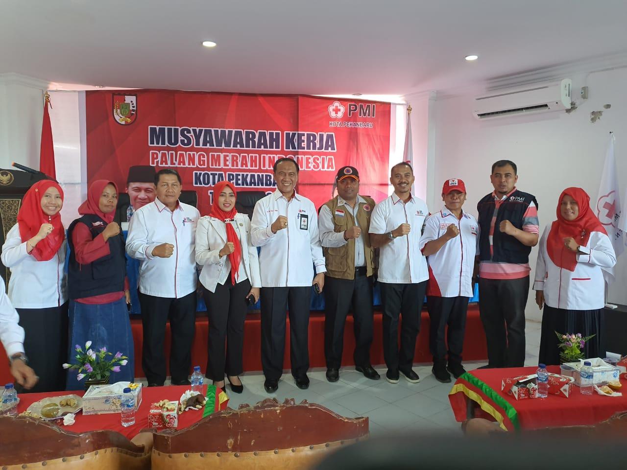 Image : Evaluasi Program Kerja, PMI Pekanbaru Gelar Musyawarah Kerja Perdana.