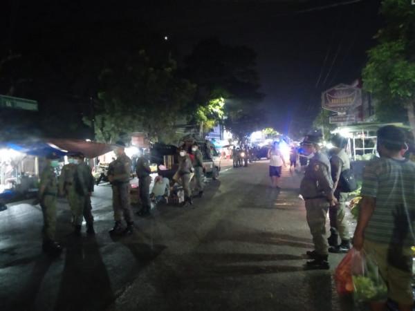 Satpol PP Tertibkan PKL di Jalan Ahmad Yani