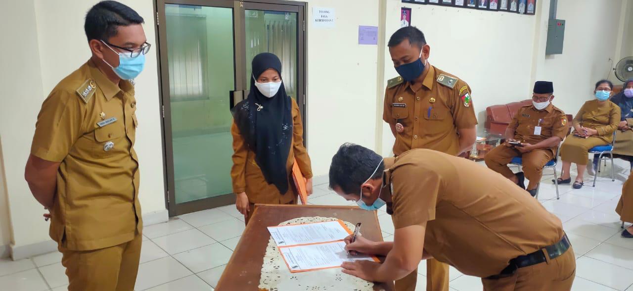 Image : Camat Limapuluh Pimpin Sertijab ASN di Kelurahan Sekip