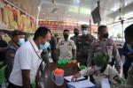 Image : PPKM Level 4, Petugas Gabungan Kembali Sita Aset Pelaku Usaha