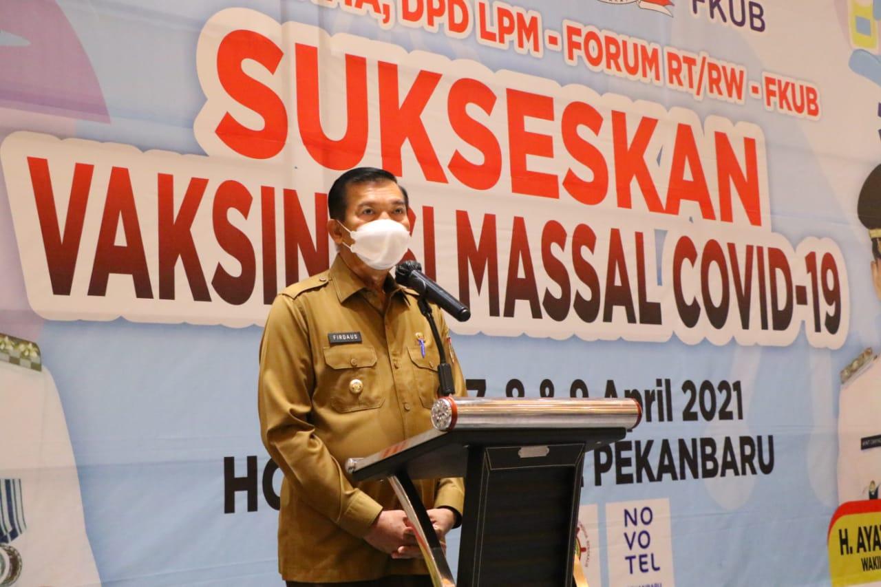 Wali Kota Pekanbaru Tinjau Vaksinasi Massal yang Digelar FKUB dan LPM