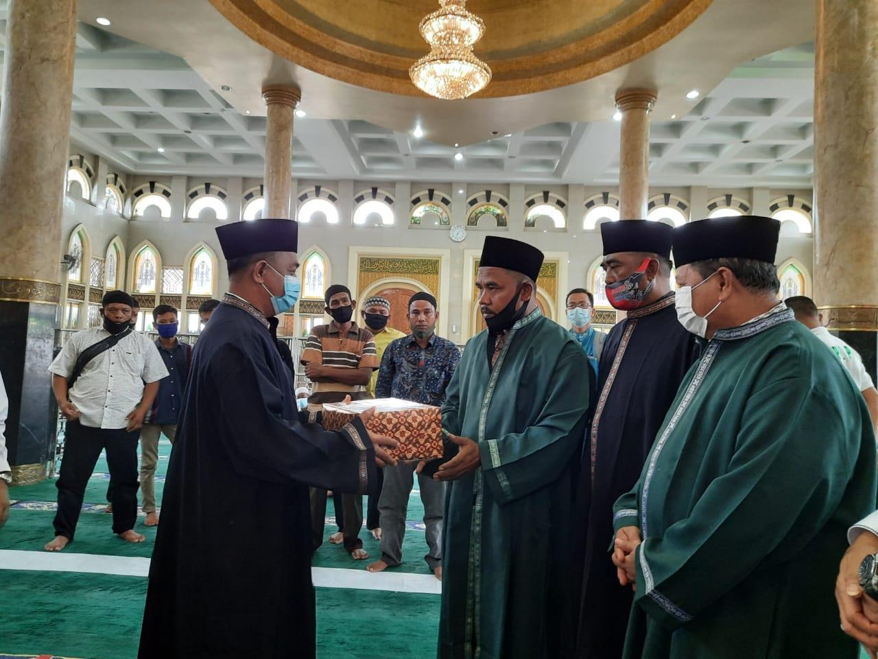 Image : Sekdako Pekanbaru Jadi Saksi Pembacaan Kalimat Syahadat Seorang Mualaf
