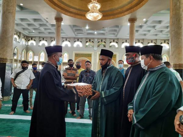 Sekdako Pekanbaru Jadi Saksi Pembacaan Kalimat Syahadat Seorang Mualaf