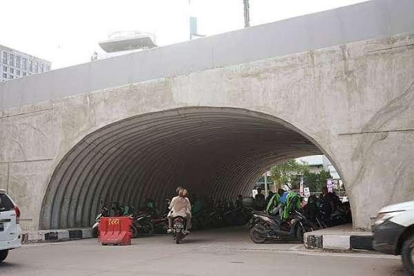 Dewan Dukung Penertibkan PKL dan Ojol di Lorong U-turn Fly Over