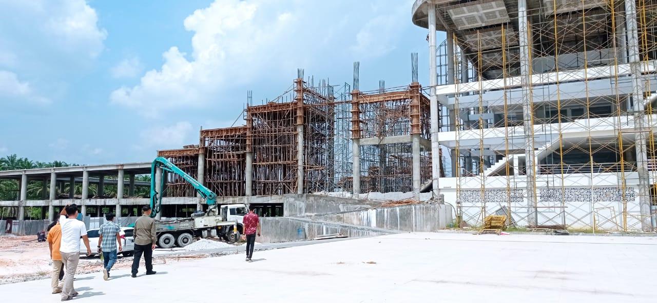 Image : Pembangunan Masjid Islamic Center Memasuki Tahap Akhir