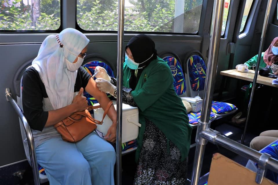 Image : Bus Vaksinasi Keliling Telah Vaksin 8.545 Warga