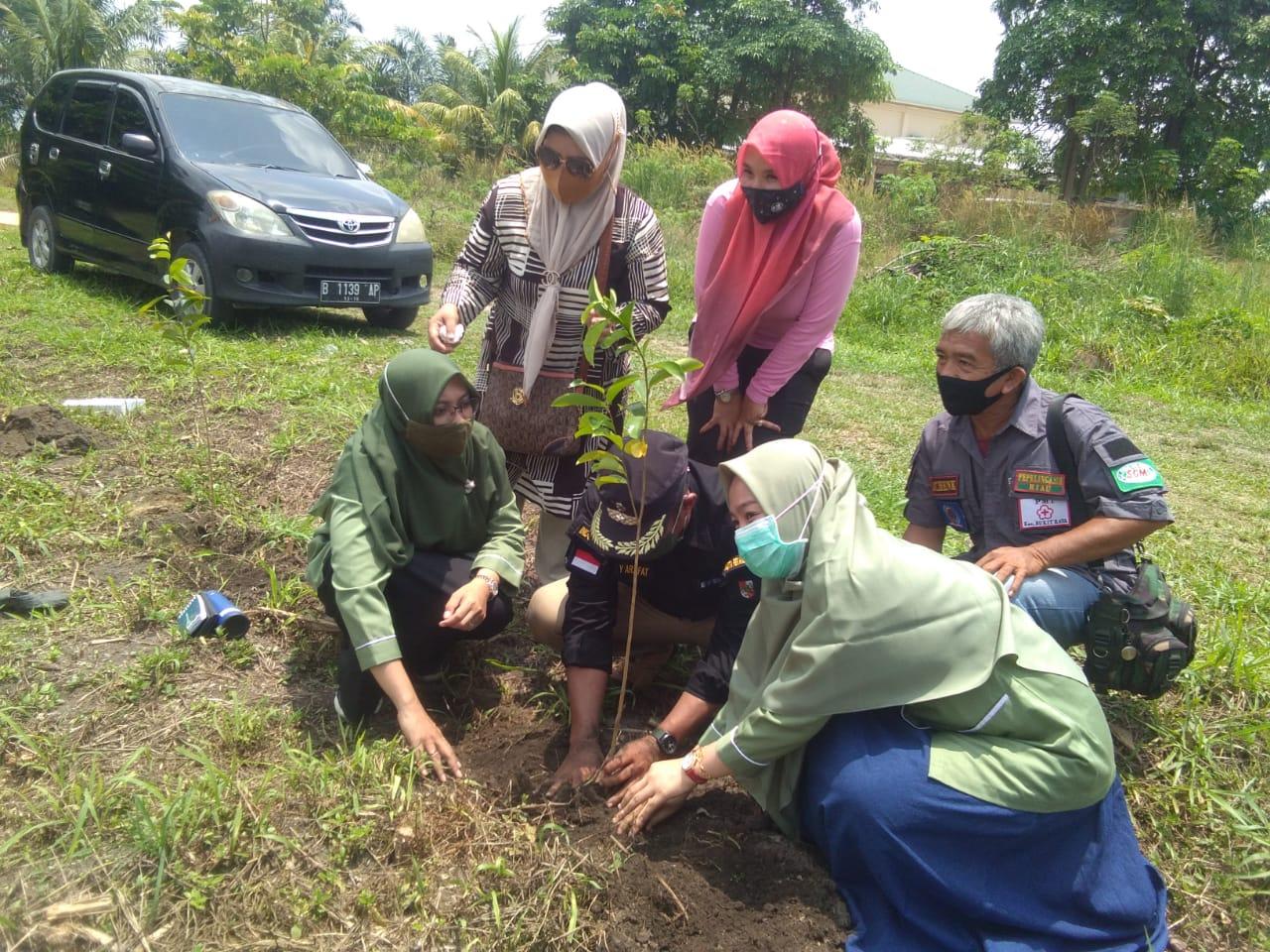 KLHK Apresiasi Kampung Iklim Kelurahan Tobek Godang
