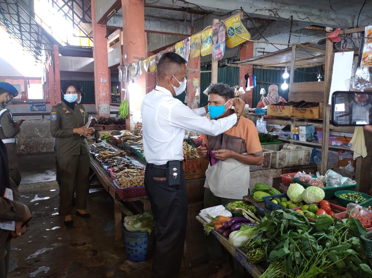 Image : 34 Pelanggar Prokes Dijaring di Pasar Sail