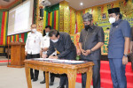 Image : Wali Kota dan Pimpinan DPRD Teken Kesepakatan KUA PPAS APBD-P Rp2,6 Triliun