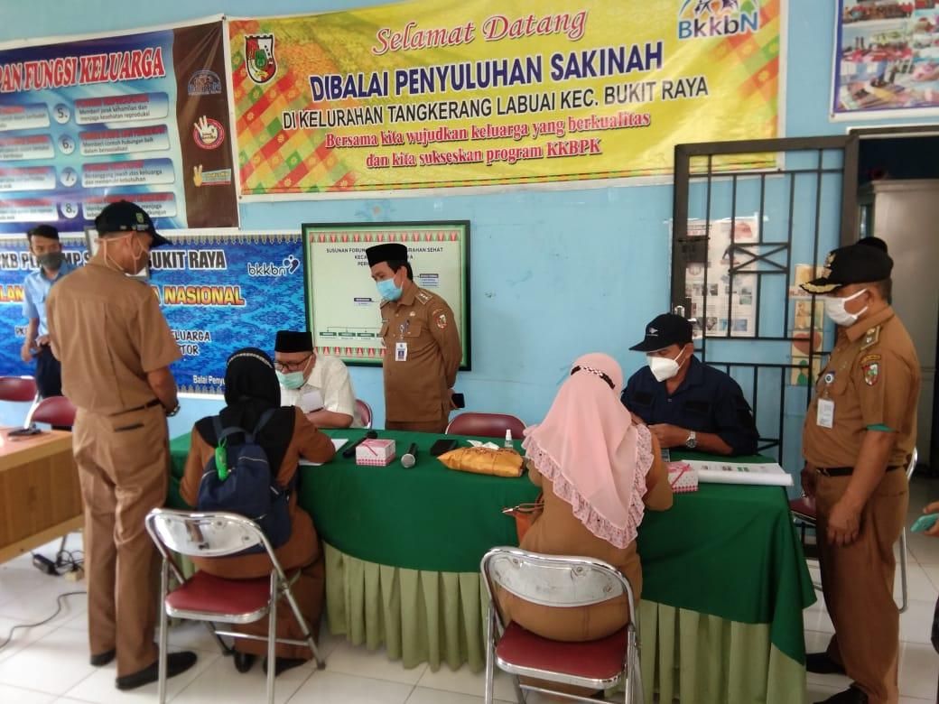 Image : Camat Bukit Raya Apresiasi Penilaian Dilakukan Tim Verifikasi KKS 2020