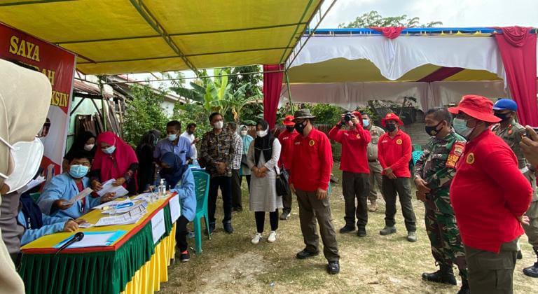 Image : BIN Riau Laksanakan Vaksinasi Door to Door