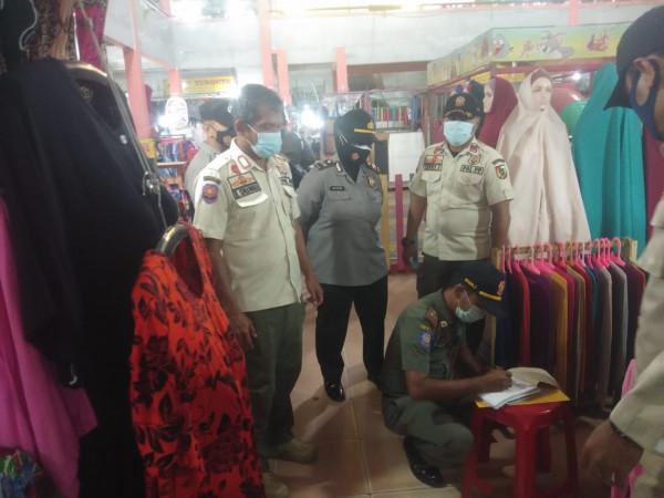 Image : 31 Pelanggar Prokes Terjaring Razia Petugas Gabungan di Pasar Sail