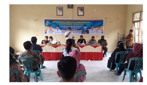 Camat Payung Sekaki Buka Musrenbang Tingkat Kelurahan Labuhbaru Barat