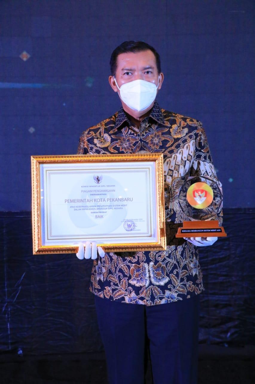 Image : Anugerah Meritokrasi